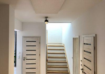 korytarz ogrzewany promiennikami 400x284 - Promienniki standardowe
